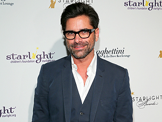 More Proof John Stamos Is Perfect: He Paid for People's Holiday Shopping!
