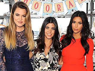 See the Adorable Christmas Throwback Pic of the Kardashian Sisters | Khloe Kardashian, Kim Kardashian, Kourtney Kardashian