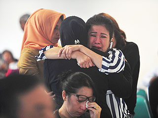 Plane Wreckage Found in Ocean Is Confirmed as AirAsia Flight 8501