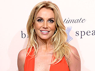 Britney Spears Has a Fangirl Moment with Modern Family's Ed O'Neill (PHOTO) | Britney Spears