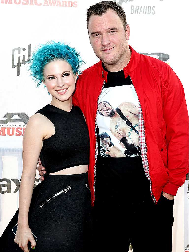 are hayley williams and chad gilbert still dating 2012