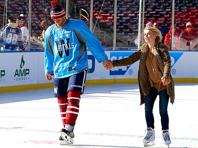 Actress dating hockey players