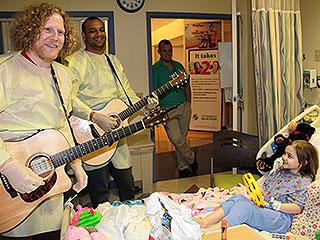 Heroes Among Us: Watch Guitarist Josh Rifkind Bring Joy to Kids at Children's Hospitals