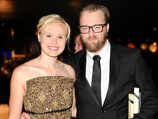 Alison Pill Is Engaged – See the Ring!