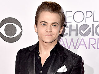 Hunter Hayes Beats Out Blake Shelton, Luke Bryan at the People's Choice Awards | Hunter Hayes