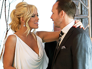 Donnie Wahlberg and Jenny McCarthy on Navigating Love in the Spotlight: 'We Really Made It Work'