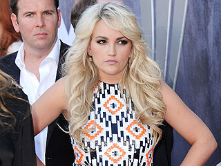 Did Jamie Lynn Spears Try to Break Up a Restaurant Fight with a Bread Knife?