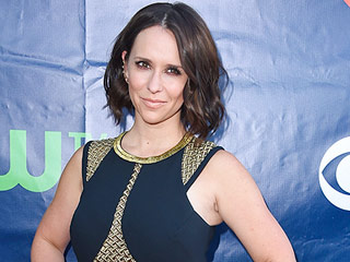 Jennifer Love Hewitt Really Wants a Can't Hardly Wait Reunion Movie