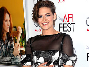 FROM EW: Kristen Stewart, Carol Win Big at the NYFCC | Kristen Stewart