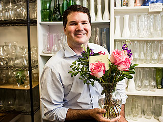 Heroes Among Us: Tennessee Man Helps Deliver Recycled Flowers to 60,000 Hospital Patients