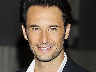 Love Actually's Hot Guy Rodrigo Santoro to Play Jesus in Ben-Hur