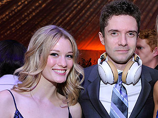 Topher Grace Is Engaged to Ashley Hinshaw