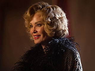 The 7 Lines That Defined the American Horror Story: Freak Show Finale | Jessica Lange