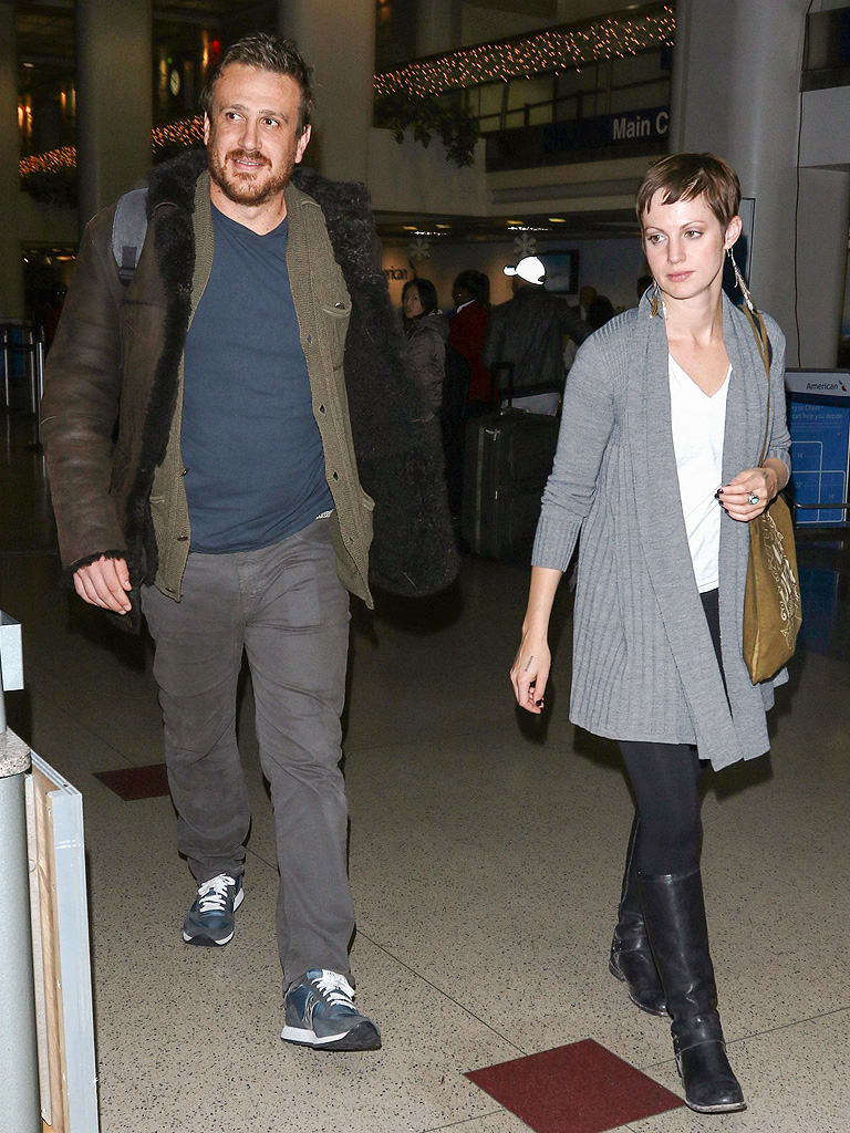 Is Jason Segel Dating Alexis Mixter? : People.com
