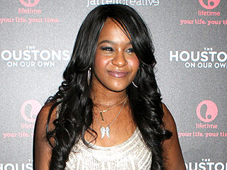 Bobbi Kristina Brown Taken Out of Coma – But Remains on Life Support | Bobbi Kristina Brown