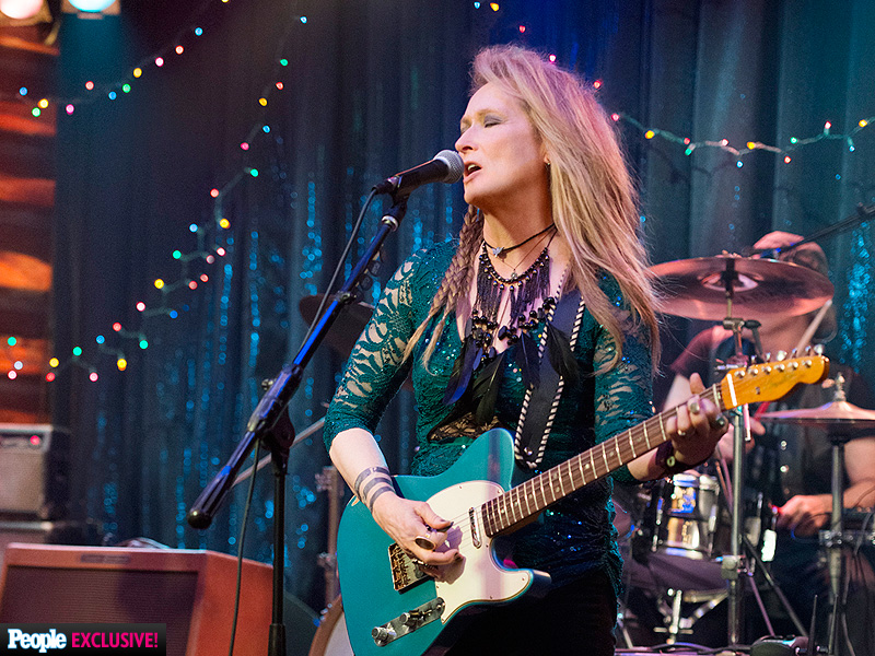Meryl Streep Plays Guitar in Ricki and the Flash: Photo
