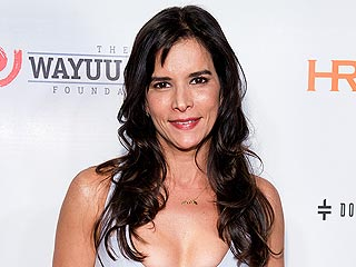 First Latina Supermodel Patricia Velasquez Comes Out as a Lesbian