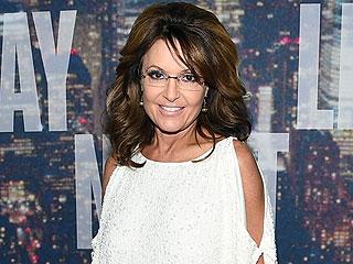 """Sarah Palin Celebrates SNL 40: Tina Fey 'Should Be Paying My Kids' Braces!"""""""
