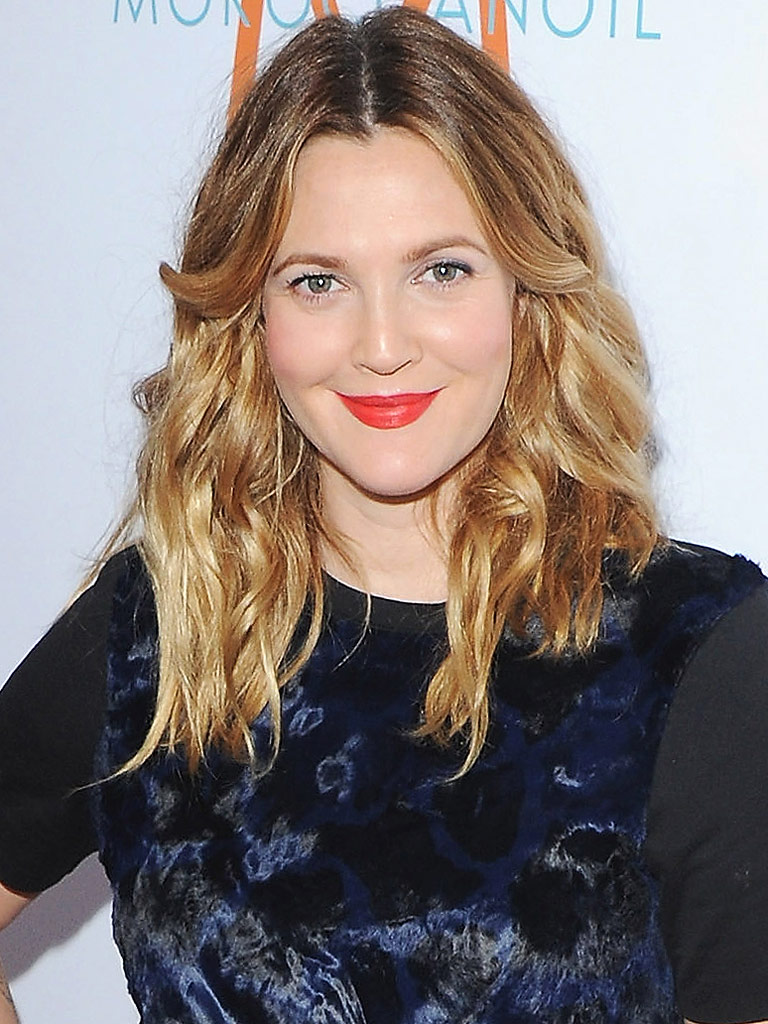 Drew Barrymore Writing a Book About Her Life : People.com Drew Barrymore