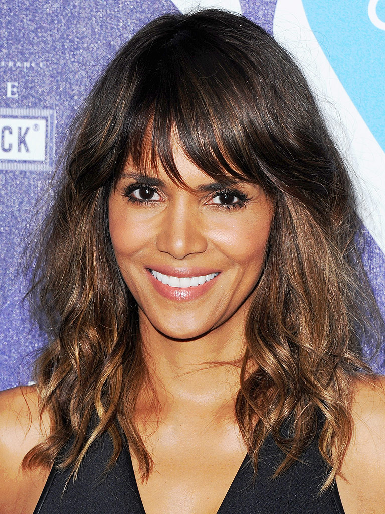 Halle Berry Talks Race and Hollywood – and What the Oscar ... Halle Berry