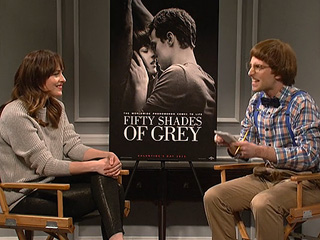 SNL Imagines an Even More Awkward Fifty Shades Press Tour (VIDEO)