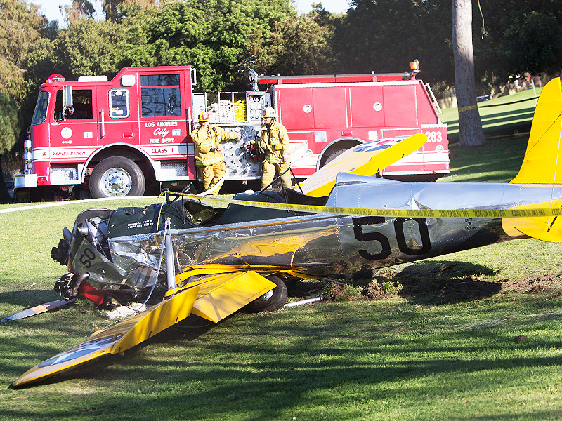 Harrison Ford Plane Crash Was Caused by Loose Engine Part, Investigation Reveals| Sickness & Injury, Medical Conditions, Harrison Ford