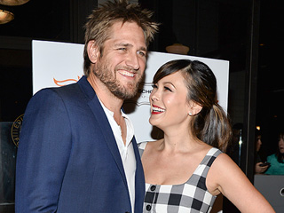 Lindsay Price: Curtis Stone Is the 'Diaper Master'