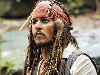 Pirates of the Caribbean Sequel Delayed Following Johnny Depp's Hand Surgery