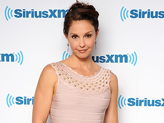 Ashley Judd Says She Was Sexually Harassed by Studio Executive – and Other Actresses Were, Too: 'We Internalize the Shame'