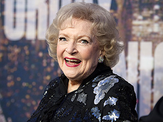 Betty White Joins Instagram – See Her First Pic! | Betty White