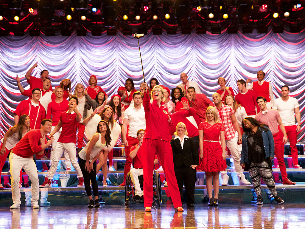 Glee series finale date in Brisbane