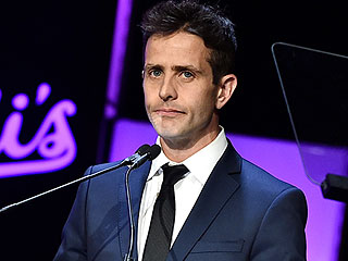 Joey McIntyre Opens Up About Losing His Mother to Alzheimer's: 'I Have to Take My Time with It'
