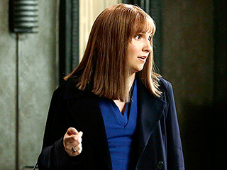Scandal Recap: Lena Dunham Goes Fifty Shades of Grey ... and Someone Gets Murdered | Scandal, Lena Dunham