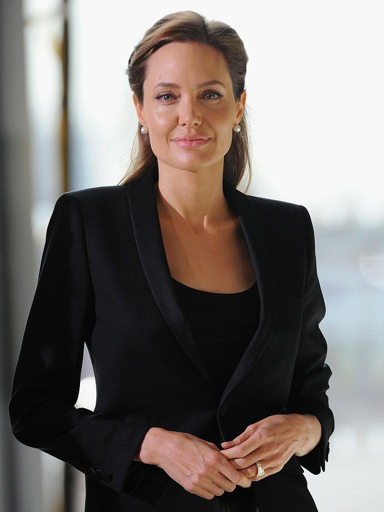 Angelina Jolie Look Using All Drugstore Makeup: Angelina Jolie: Making Unbroken Helped Me Overcome Recent