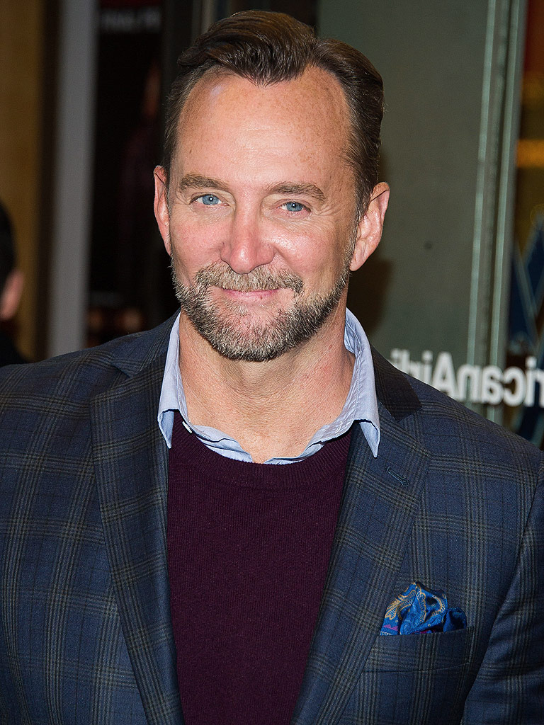 clinton jewish single men Clinton kelly (born february 22 but in comparing what not to wear with the show queer eye—which pioneered gay men making over people seen as needing fashion.