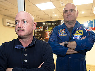 Scott and Mark Kelly: NASA to Study Twin Brothers Both in Space and on Earth