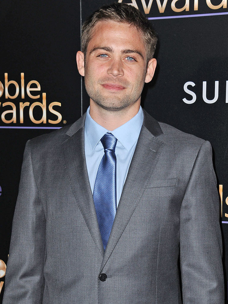 Cody Walker earned a  million dollar salary, leaving the net worth at 1 million in 2017