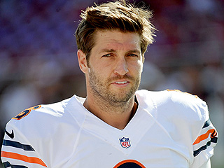 Jay Cutler's Autographed Football Gets Zero Bids at Charity Event