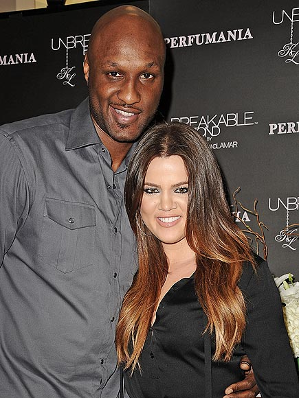 Khloé Kardashian 'Won't Leave' Lamar Odom's Side, Is Still 'Scared and Concerned,' Sources Say| Kendall Jenner, Khloe Kardashian, Kim Kardashian, Kris Jenner, Lamar Odom