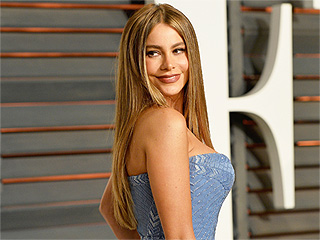 Sofia Vergara Is an Unmistakable Beauty in Childhood Pictures (VIDEO)