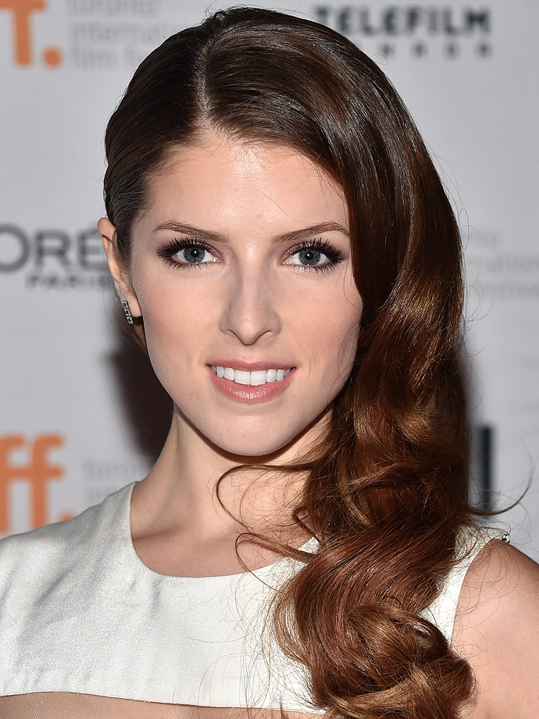 Anna Kendrick to Write Book of Personal Essays : People.com Anna Kendrick