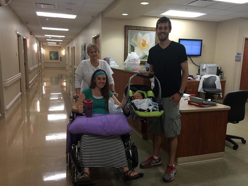 Jill (Duggar) Dillard and Husband Derick's First Days with Baby ...