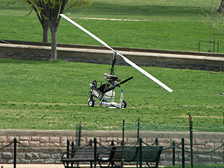 Police Arrest Man Who Landed Gyrocopter on the U.S. Capitol Lawn