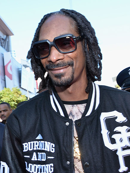 Snoop Dogg Detained in Sweden on Suspicion of Drug Use, Vows to Never Return