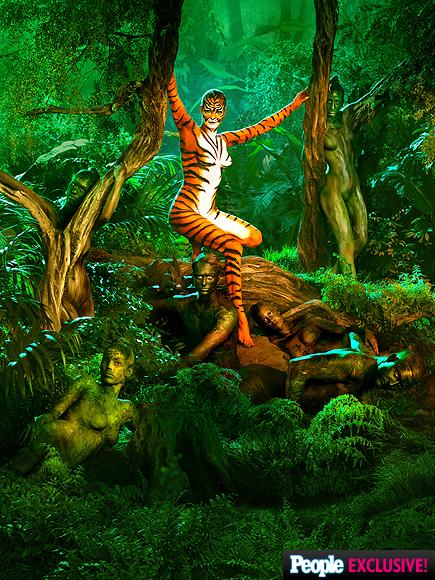 Rebecca Romijn Previews Skin Wars Season 2 with Super Sexy Tigress Teaser| GSN, TV News, Rebecca Romijn