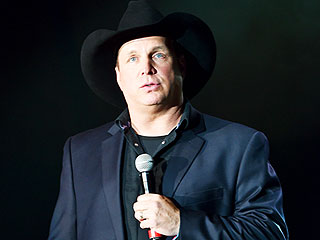 Kimberly Perry: Garth Brooks 'Doesn't Let Anyone Down'