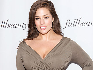 Ashley Graham Shows Us What Her Beach Body Looks Like
