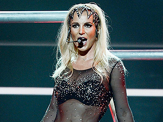 Ouch! Britney Spears Twists Ankle on Stage During Las Vegas Performance (VIDEO)