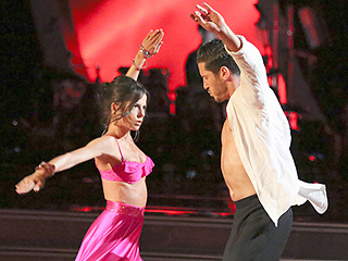 DWTS: See Kelly Monaco and Val Chmerkovskiy's Wet, Wild and Skimpy Reunion Performance!