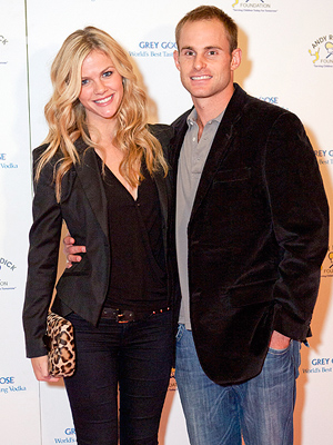 Brooklyn Decker Pregnant Expecting First Child Andy Roddick